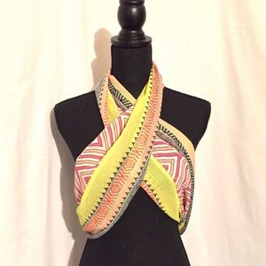 Accessories - Lightweight Infinity Scarf / Coverup